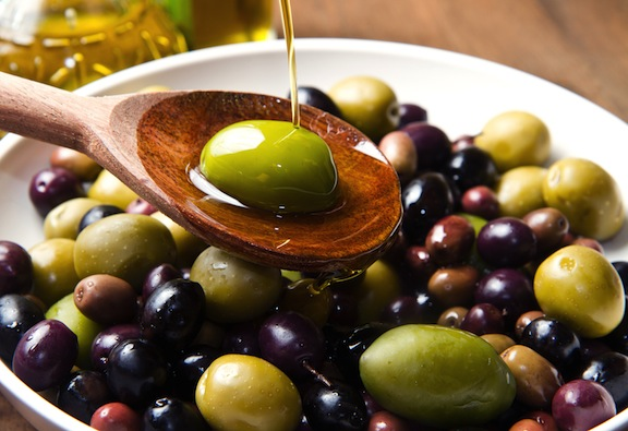 monounsaturated-fats-olive-mix