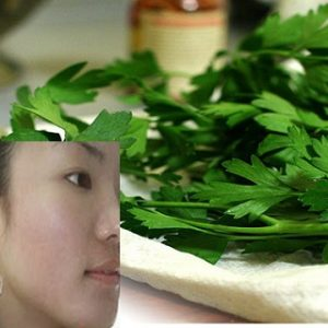 Get Rid of Acne, Wrinkles and Darks Spots with This Powerful Plant