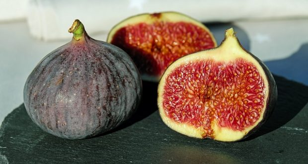 FIGS IN OLIVE OIL FOR ASTHMA, CHOLESTEROL AND ANEMIA