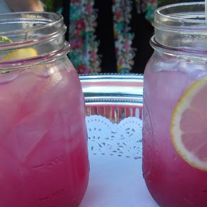 How To Make Lavender Lemonade!