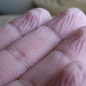 Did You Know Why Your Fingers Wrinkle In Water? It Is A Defense Mechanism!